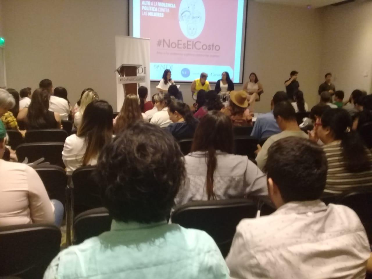 NDI, lanza en Colombia  campaña #NoEsElCosto para poner alto a la violencia política contra las mujeres.