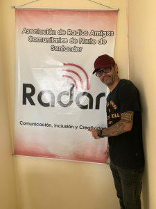 Camilo Jácome Coordinador  de los premios Vive  Nuestra Música  2019 y Martha Isabel Martínez  Realizadora de contenidos de Radar