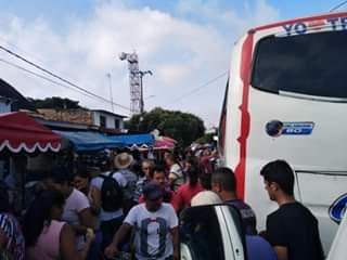 caos en transporte público de Puerto Santander