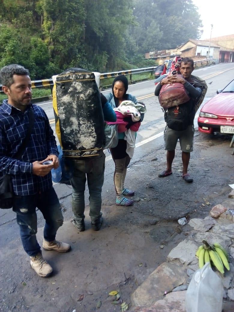 Migrantes venezolanos  enfrentan efectos  colaterales de medidas contra el Covid 19